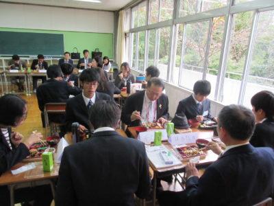 中学校 台湾来校(30.10)5