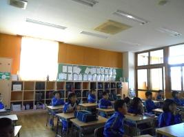小学校 ホタル観察(30.6)3
